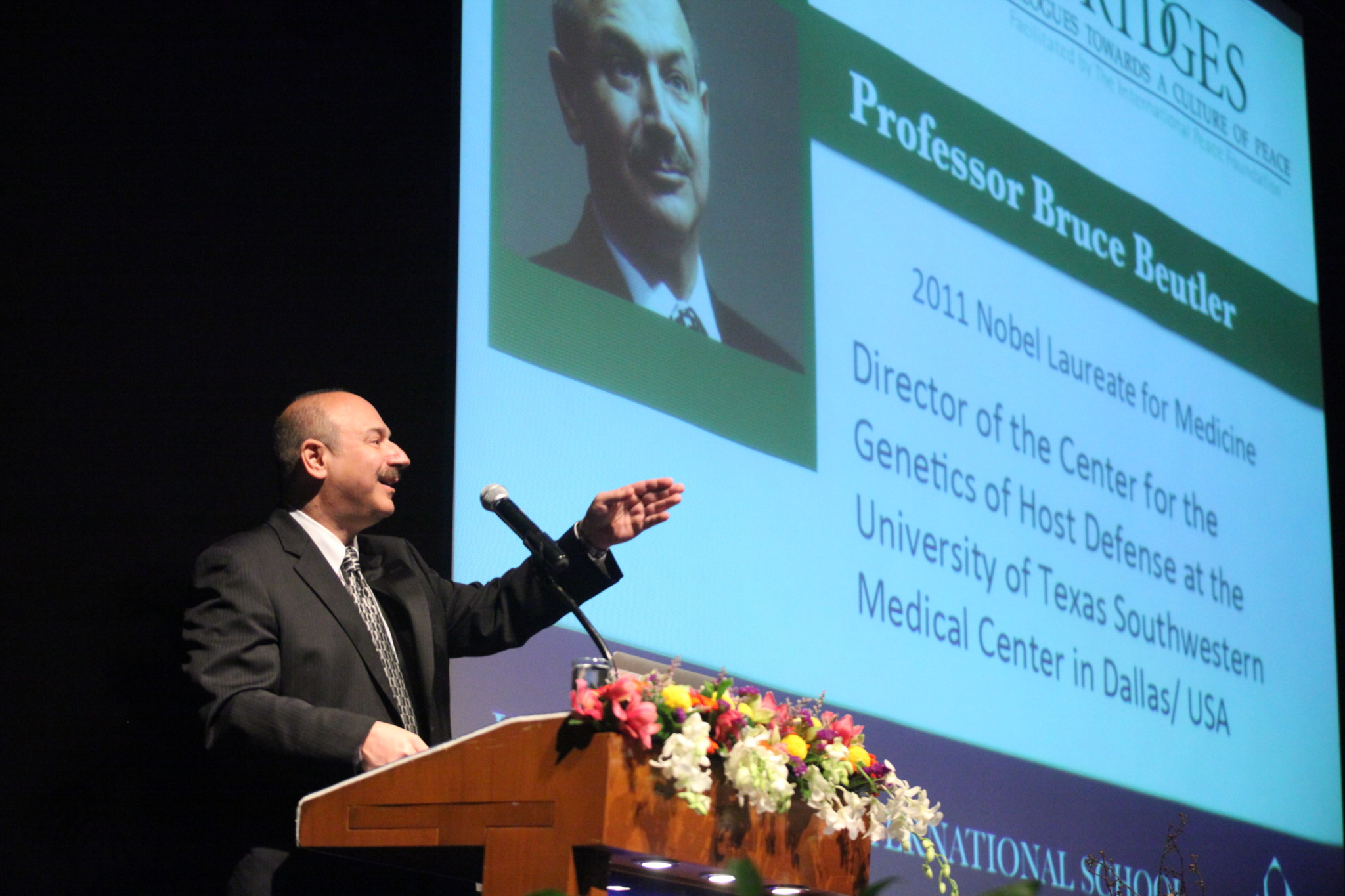 Medicine Nobel Laureate Prof. Bruce A. Beutler at NIST International School in Bangkok