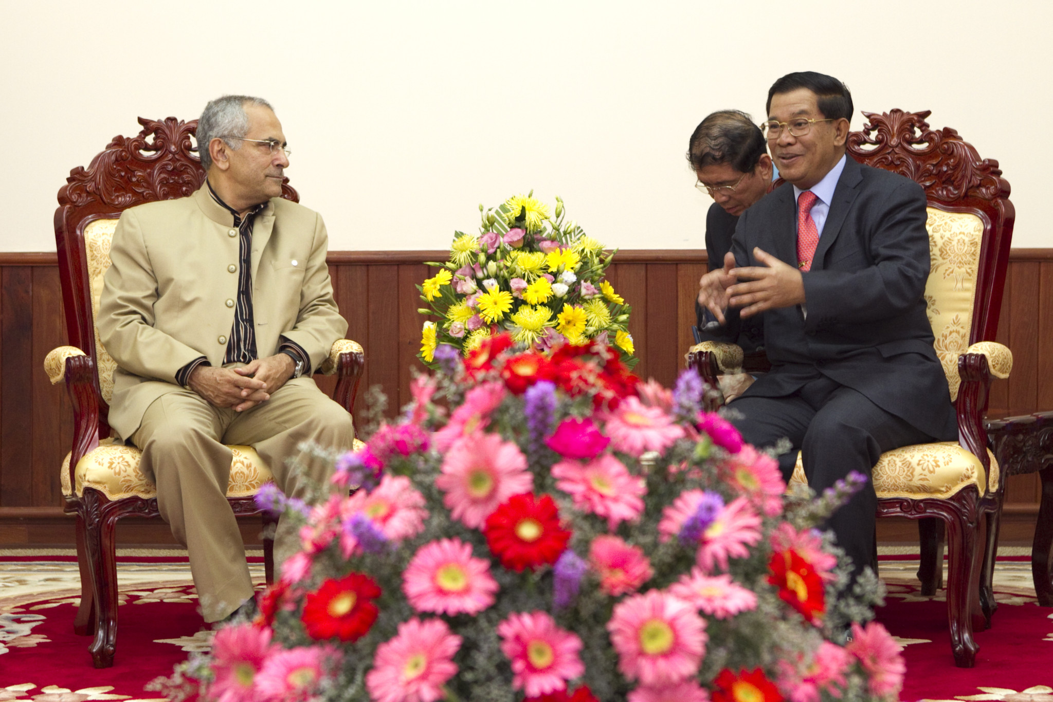 Nobel Peace Laureate HE President Dr. Jose Ramos-Horta with HE Samdech Akka Moha Sena Padei Techo Hun Sen, Prime Minister of Cambodia and Cambodian Chairman of Bridges
